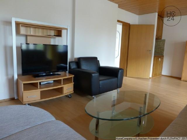 Aachen-Stadtpark: Möblierte 4-Zimmer-Wohnung mit Dachterrasse