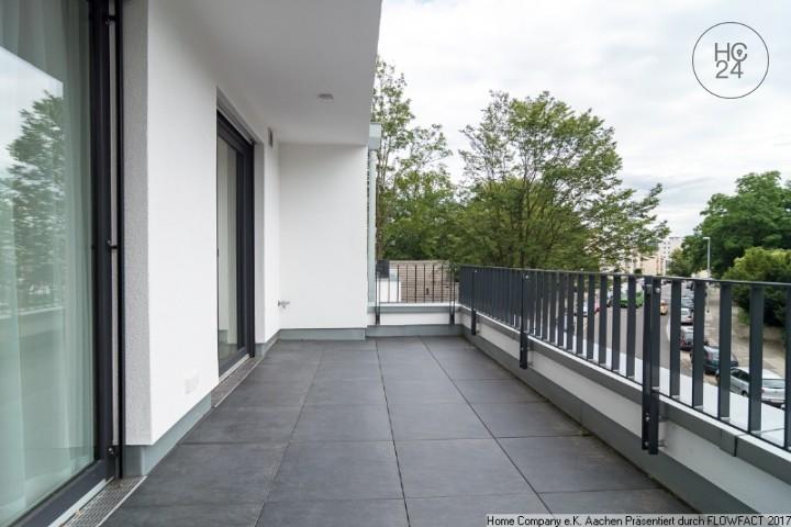 Aachen-Burtscheid: Sehr schicke, modern möbl. 3,5 Zi.-Whng. mit Balkon; Neubau; City-Nähe