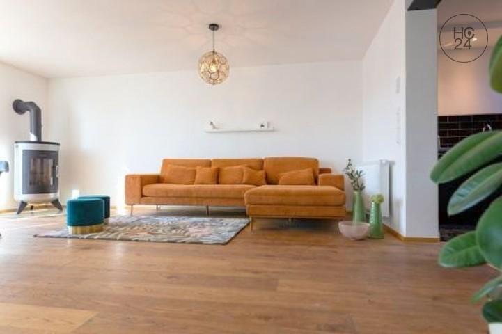 家具付きのAltusriedアパート