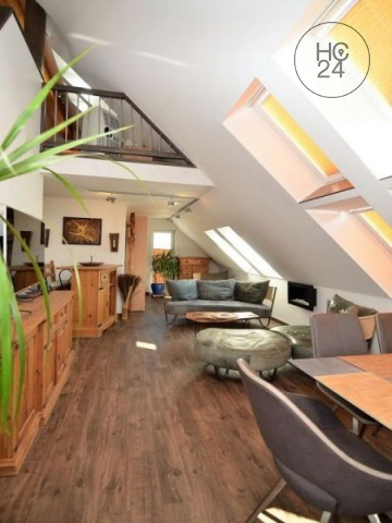 voll möblierte Maisonette-Wohnung mit Dachterrasse in Augsburg, TOP-Anbindung an die A8