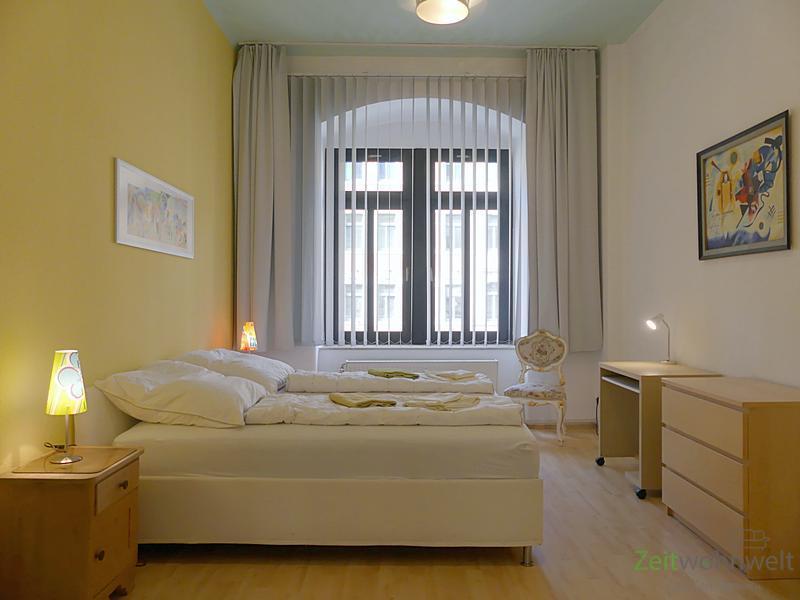 Leipziger Vorstadt, geräumige 3-Raumwohnung mit 2 Schlafzimmern und Aufzug, WLAN inklusive