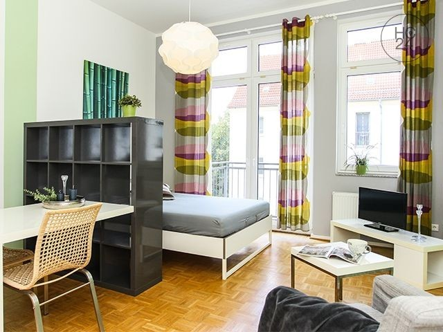 BALCONY + Furnished apartment in Leipzig + LIFT + SOUTH OF LEIPZIG
