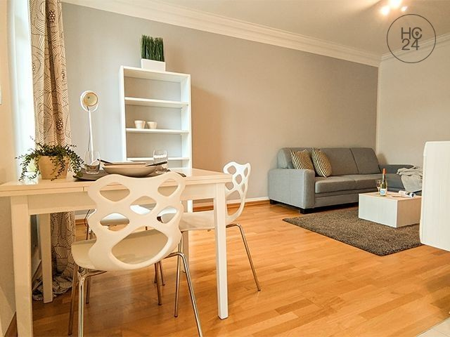 TOP! Furnished flat in Leipzig + large BALCONY (inner courtyard) + CENTER