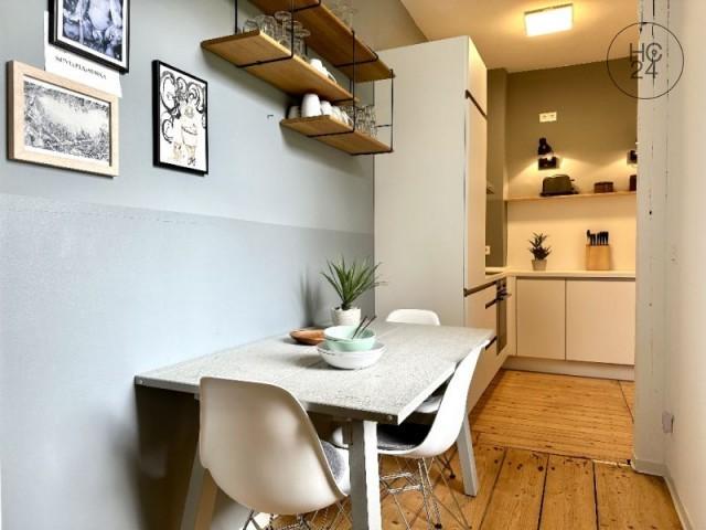 STYLISCH + TOLLE 3-Raum-Wohnung in Leipzig Lindenau (gute Anbindung zur A9 ) + INTERNET
