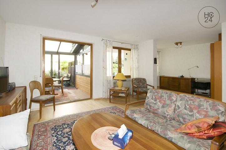 位于Ladenburg的带2个房间的配家具公寓