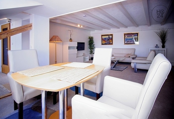 Brühl: Modern, large 3-room attic flat in Brühl
