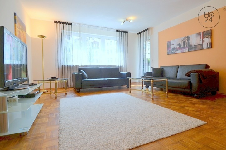Exclusively furnished apartment with balcony, WLAN and parking space at Maxfeld
