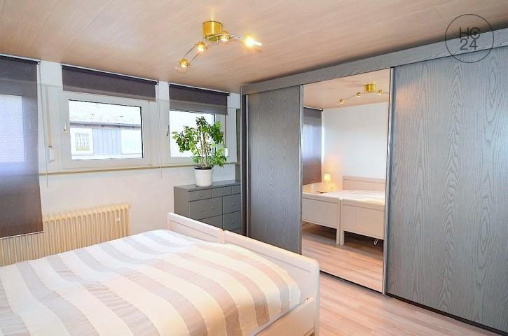 Möblierte 2,5-Zimmer-Wohnung mit Balkon in Lauf bei Nürnberg