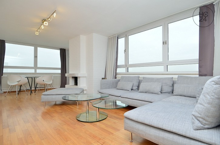 Exclusively furnished flat with Wi-Fi and balcony in Woehrd Nuremberg