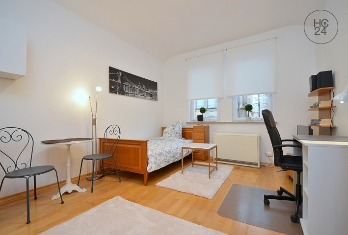Nicely Furnished Apartment In Stuttgart South   Picture 1
