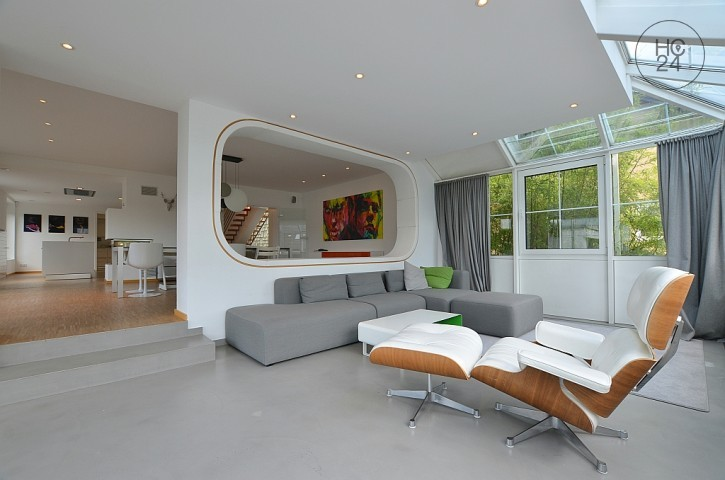 Beautiful, furnished detached house in a great location in Stuttgart Dachswald