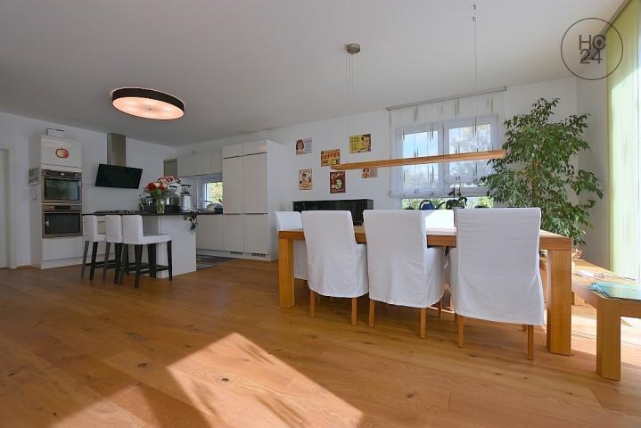 Beautiful, modern, furnished detached house in Stuttgart Zuffenhausen