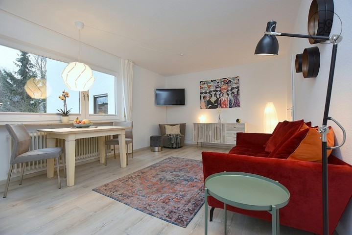 Exclusive location, modern furnished apartment with parking space in Stuttgart Killesberg