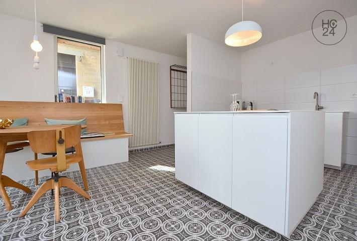 Umeblowane mieszkanie z 2 pokojami w S-Mitte