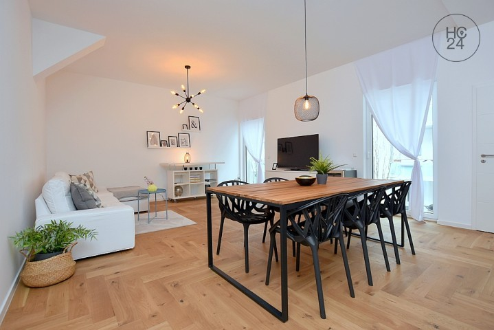 Modern furnished flat with parking space and internet in Stuttgart West.