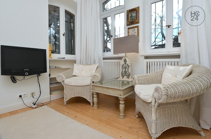 Furnished 2-room apartment with garden, Internet and parking space in Wiesbaden