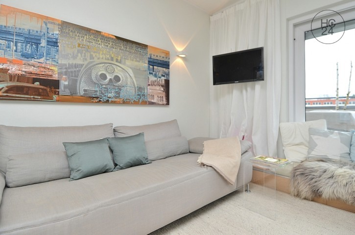 Furnished 3-room apartment with roof patio, Internet and cleaning service in Wiesbaden